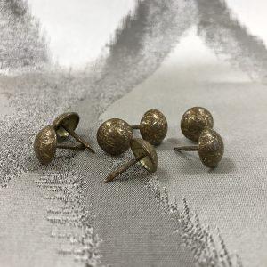 Clous-tapissier couleur bronze