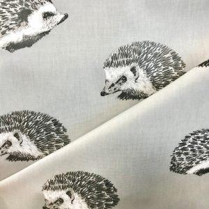 toile coton panama épaisse traitée PVC pour nappage motifs Hedgehogs