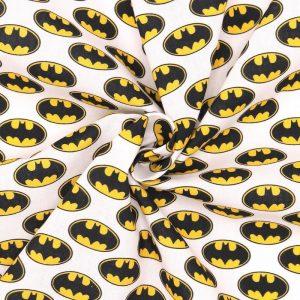 tissu cretonne en coton imprimé garanti Oeko-Tex REF BATMAN