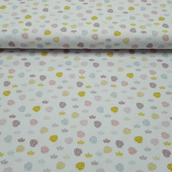 tissu coton imprimé BIO et OEKOTEX motifs petites feuilles multicolores sur fond blanc