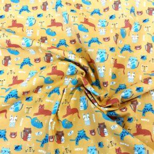 tissu coton oekotex imprimé CHATS FOND MOUTARDE pour coudre vêtements et petites créations Déco DIY